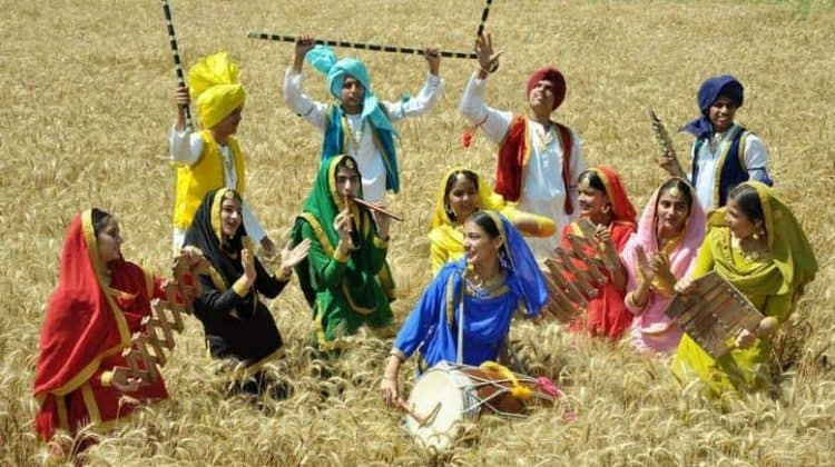 essay on baisakhi The festival of baisakhi is an ancient tradition of the punjab region, a harvest festival.